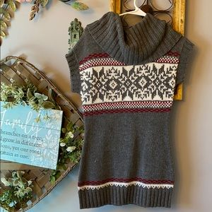 Grane Cowl Neck Short Sleeve Tunic Sweater